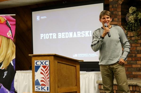 Piotr Bednarski - Igor Badamshin Coach of the Year Recipient